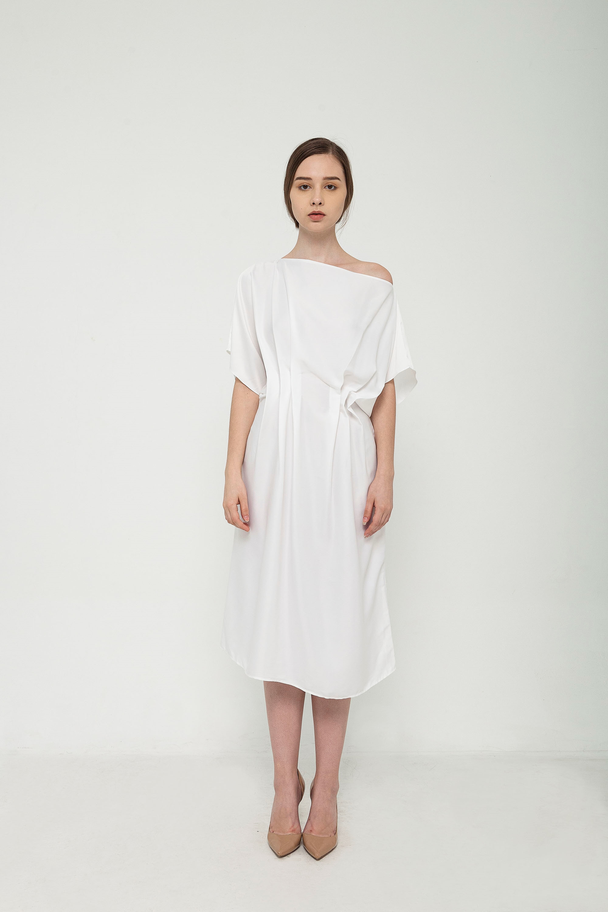 Picture of Ivana Dress in Pearl
